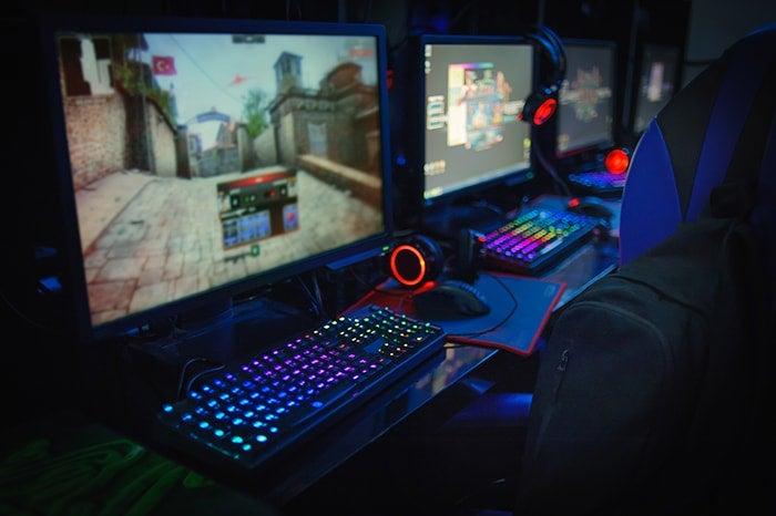 リアルタイム性の重要なゲームをよくプレイする人にはモバイル回線は向かない