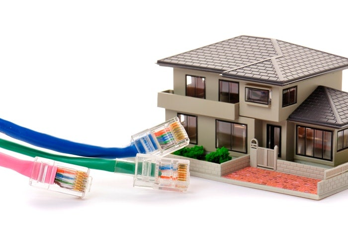 ランケーブルと家の模型