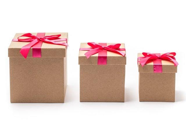 大きさの違う3つのプレゼント