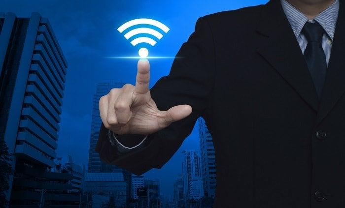 無線アクセスポイントって何?役割から繋ぎ方まで初心者向けに解説